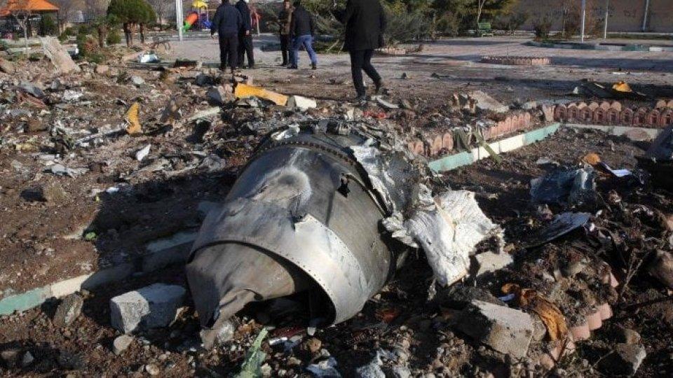 Aereo ucraino: Iran ammette di averlo abbattuto per un errore umano
