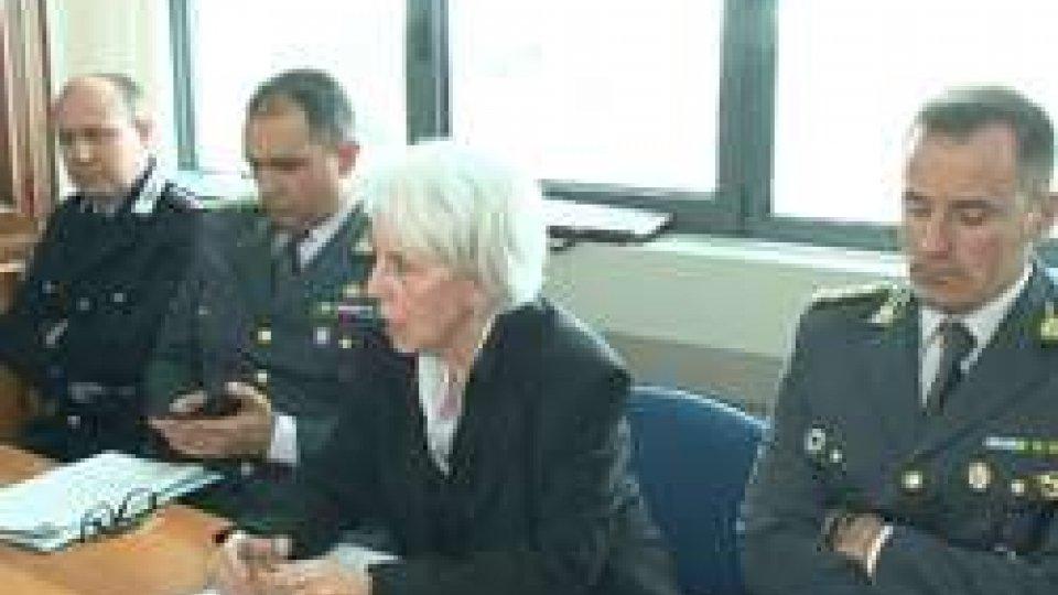la Conferenza stampaFalso e abuso d'ufficio, arrestati 4 agenti della Municipale