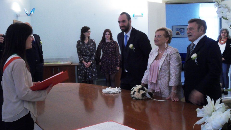 Dopo quarant'anni di convivenza, si sposano a Riccione