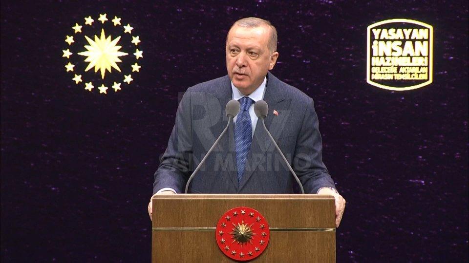 Ultimatum di Erdogan