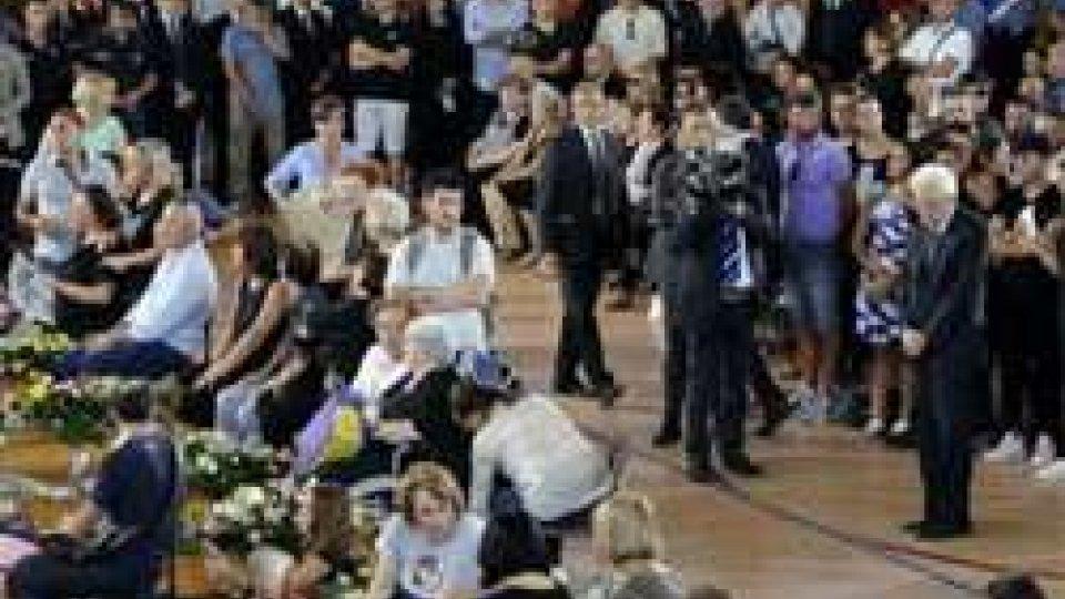 i funeraliTerremoto: grande commozione per i funerali delle vittime marchigiane