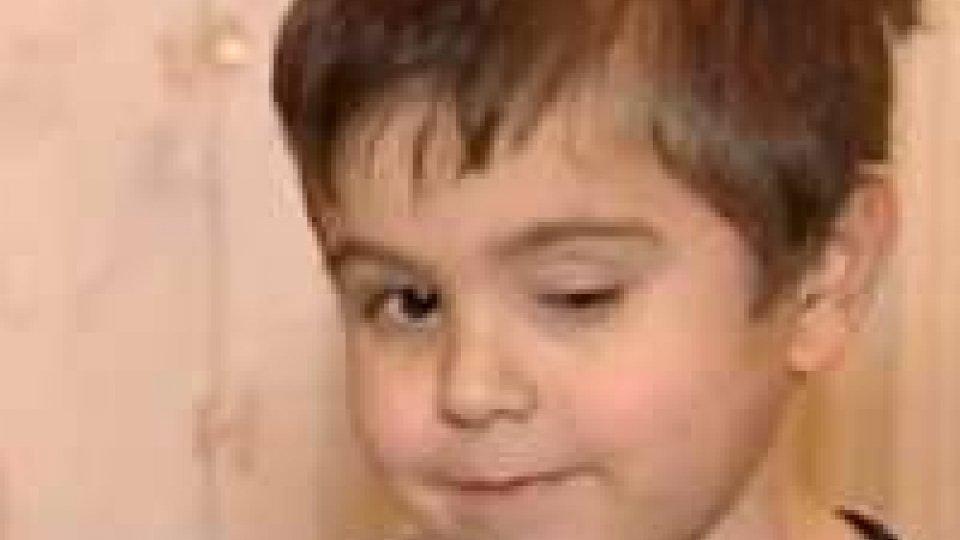Dita incrociate per il piccolo Gregorio Guidi: al via la preparazione per il trapianto di rene