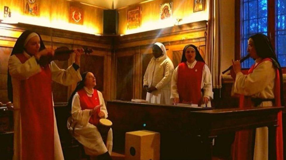 """Le Monache dell'Adorazione Eucaristica offrono """"l'ora della bellezza"""""""