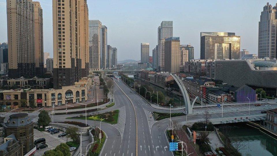 """Cina: rimossi i limiti di spostamenti ai residenti con """"codice verde"""""""