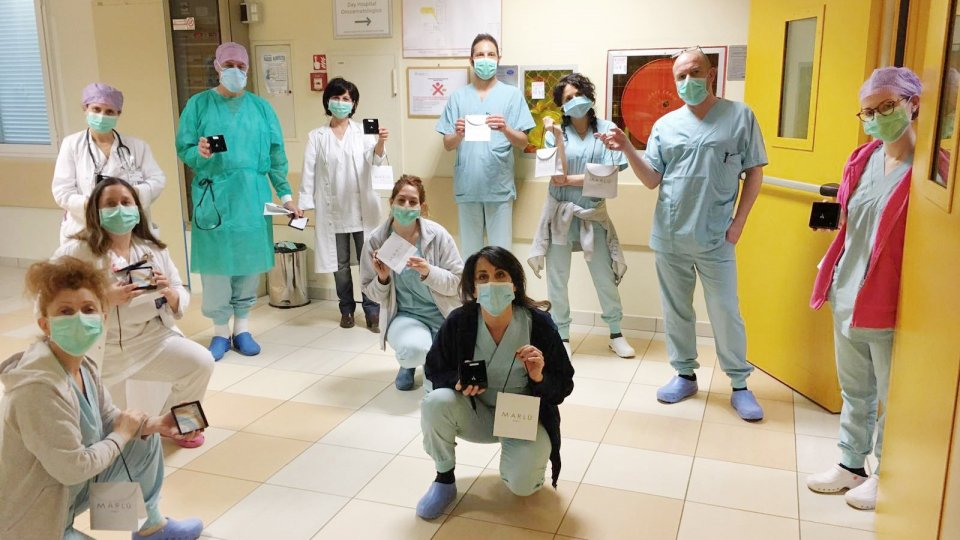 Marlù e Prima Coccola, in 10 mila seguono la diretta web per aiutare l'ospedale di Rimini