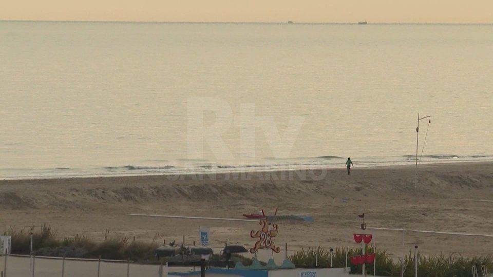 Una spiaggia di Rimini (foto archivio)