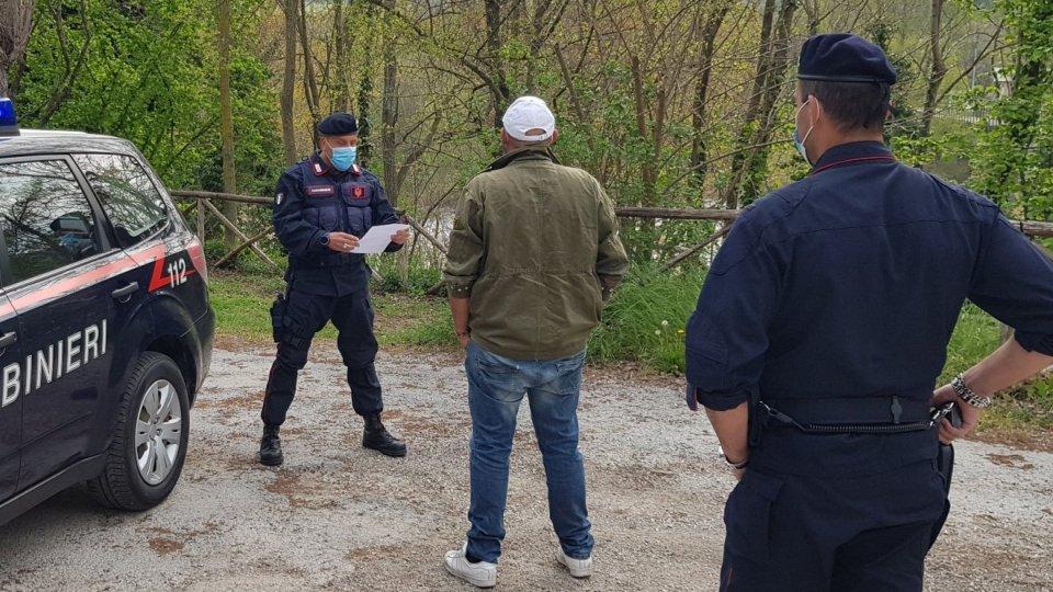 Controlli: Cc Novafeltria denunciano una persona e ne multano 6, tra cui una sammarinese