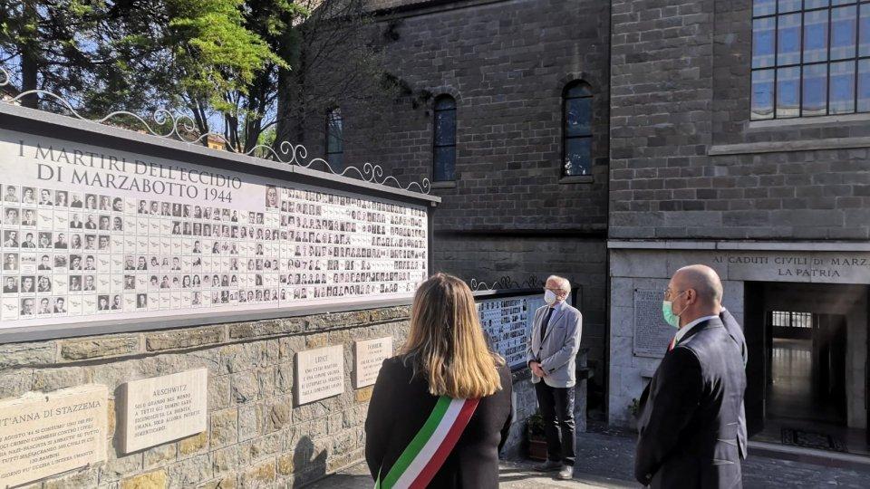 """25 Aprile. Il presidente Bonaccini a Marzabotto: """"Mai come oggi necessario rifarsi ai valori usciti dalla Resistenza e sanciti nella Costituzione per ricostruire senza lasciare indietro nessuno"""""""