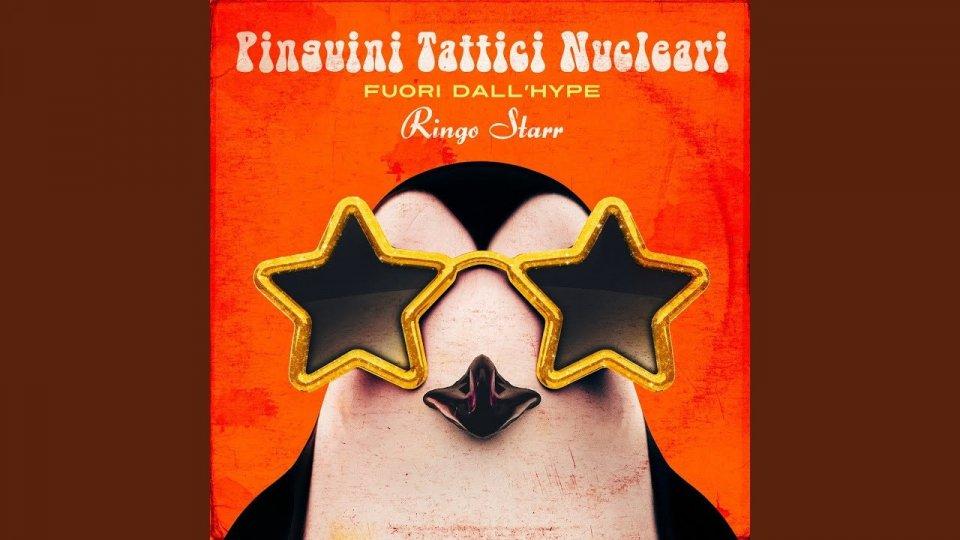 """""""Ridere"""": il singolo nostalgico dei Pinguini Tattici Nucleari"""