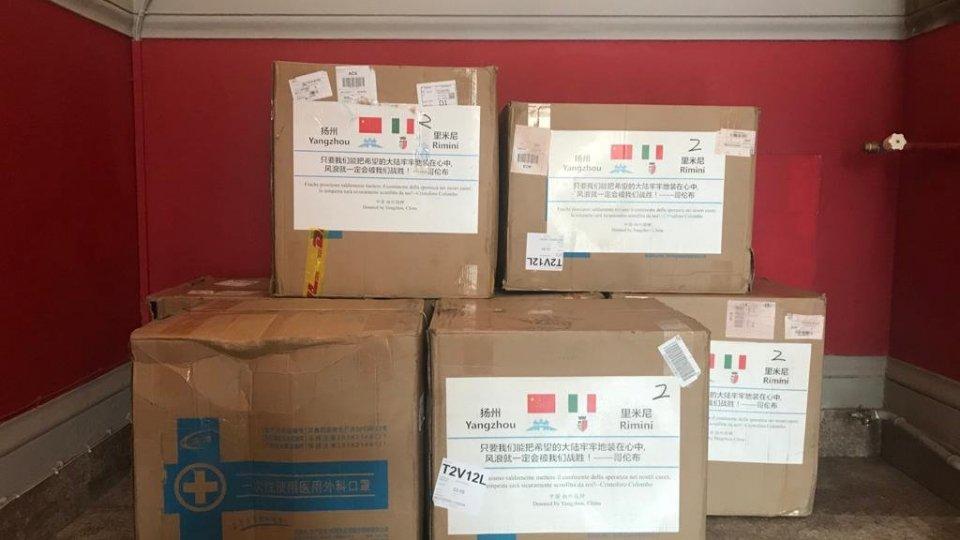 Coronavirus: la solidarietà delle città gemellate, 28.000 mascherine arrivate dalla città cinese di Yangzhou