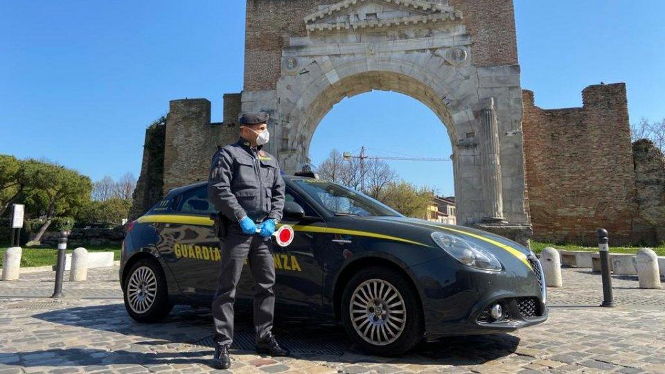 Gdf Rimini: sequestrati sanificanti non in regola per oltre 1 milione di euro