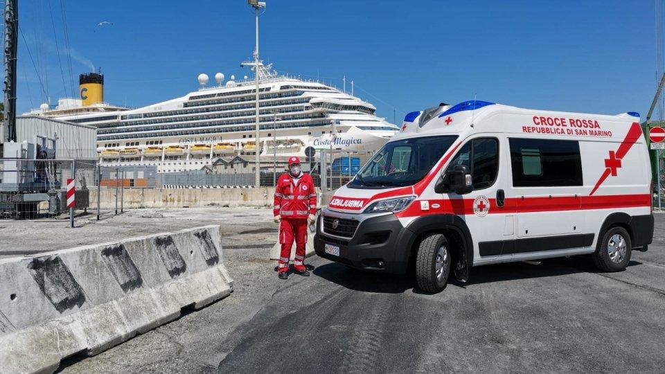 Croce Rossa al porto di Ancona
