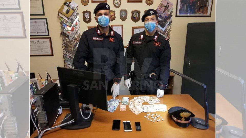 Coriano: arrestato pusher con 19 dosi di cocaina