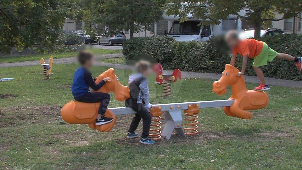 Comitato Bimbi e Genitori RSM: richieste su plessi scolastici, babysitter e apertura giochi