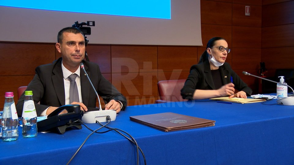 Il Consiglio si è aperto con la commemorazione di Gianfranco Terenzi
