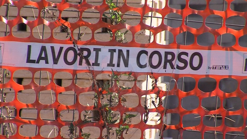 Coronavirus Italia: a rischio 500.000 posti di lavoro nel 2020