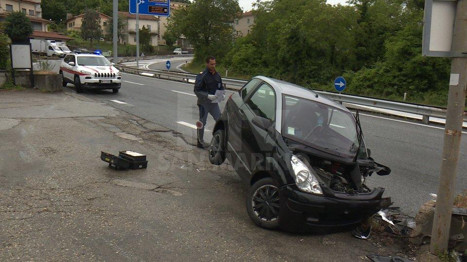 Incidente sulla superstrada: coinvolta una microcar