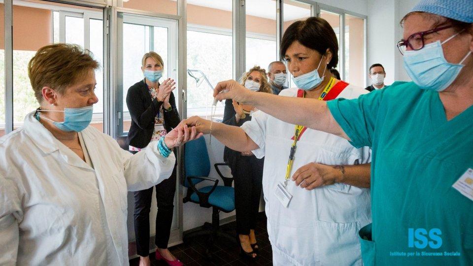 Ph Simone Maria FioraniChiude il reparto Covid-19 all'Ospedale: l'emozione negli occhi del personale