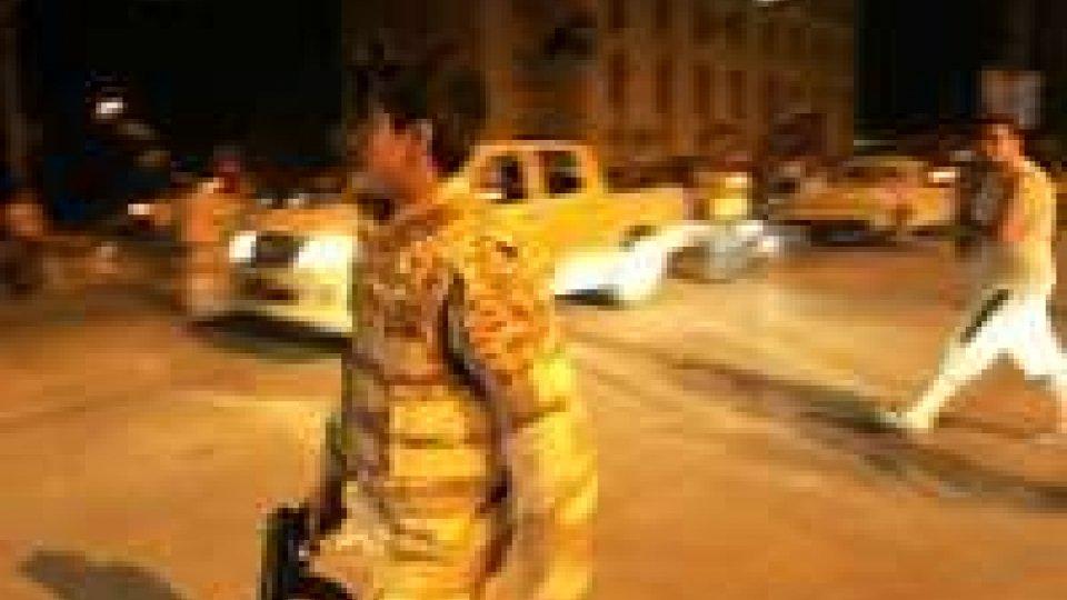 Libia: paura al lunapark, spari su folla,un morto e 3 feriti