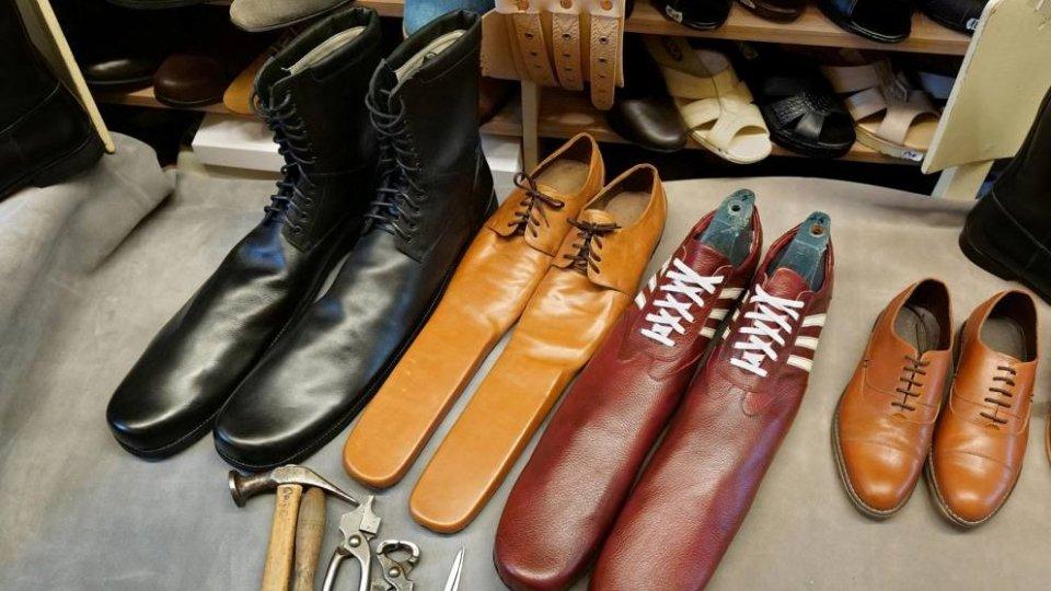 Le scarpe anti-assembramento