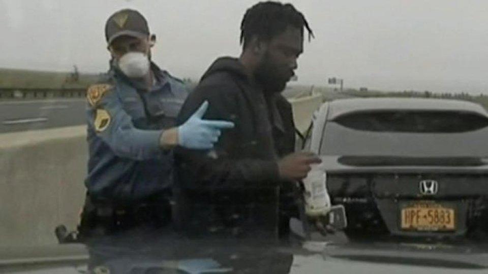 Un fermo immagine dal video