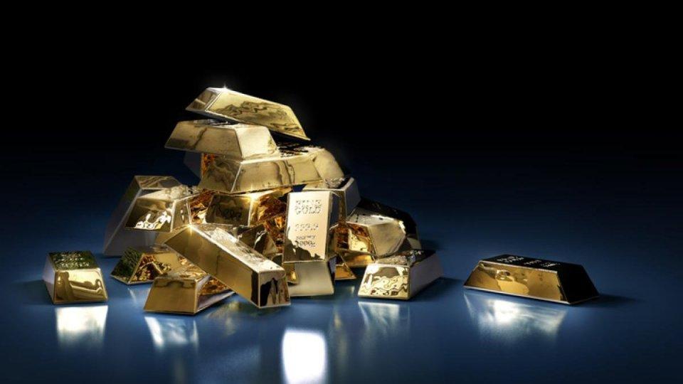 Valigetta piena d'oro cerca proprietario disperatamente