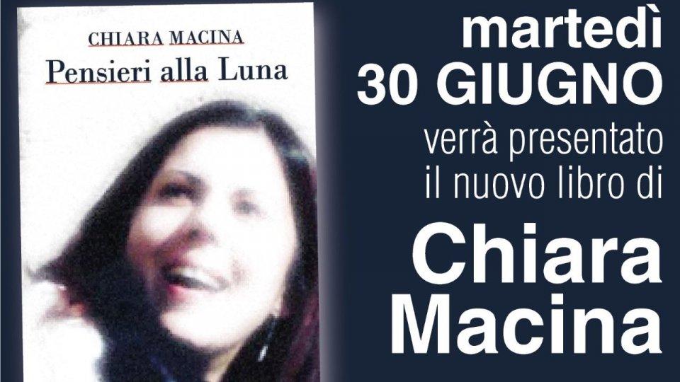 "Chiara Macina presenta i racconti ""Pensieri alla luna"""