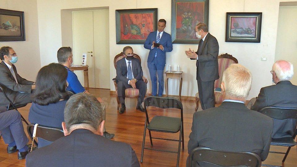 Il Sottosegretario agli Affari Esteri, Ricardo Merlo a contatto con le varie espressioni della collettività italiana sul Titano