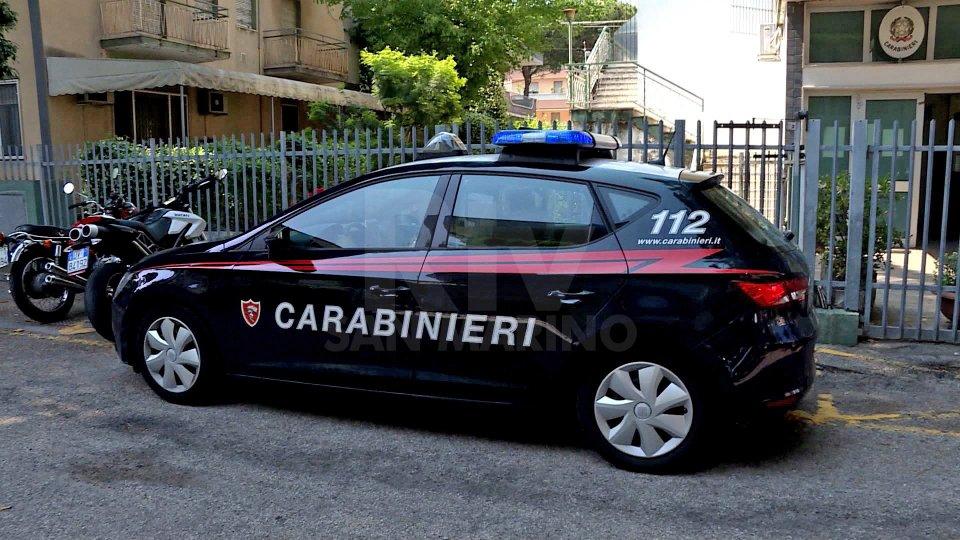 Riccione: giovanissimi rubano borsa, nessuna spiegazioni a Carabinieri e genitori