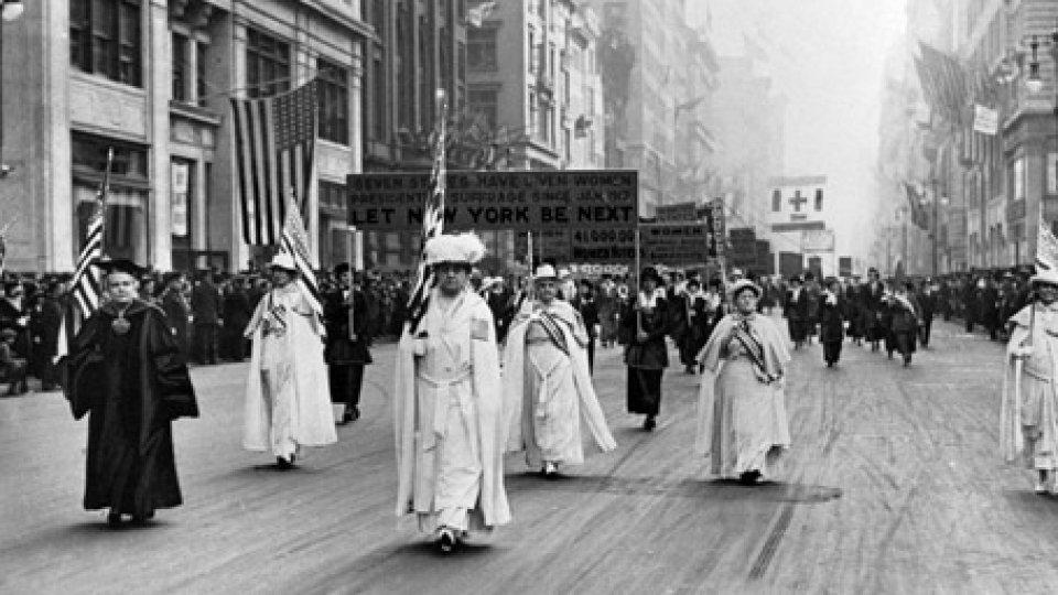 Le donne amerciane in marcia @Corriere della Sera