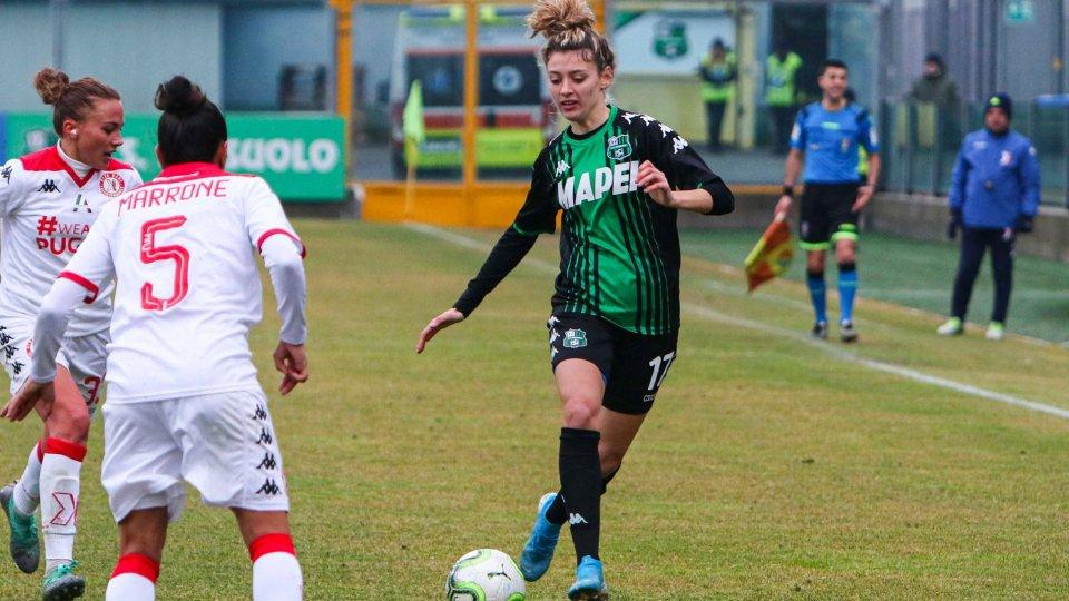 Camilla Labate in azione con la maglia del Sassuolo contro la Pink Bari (foto: sassuolocalcio.it)