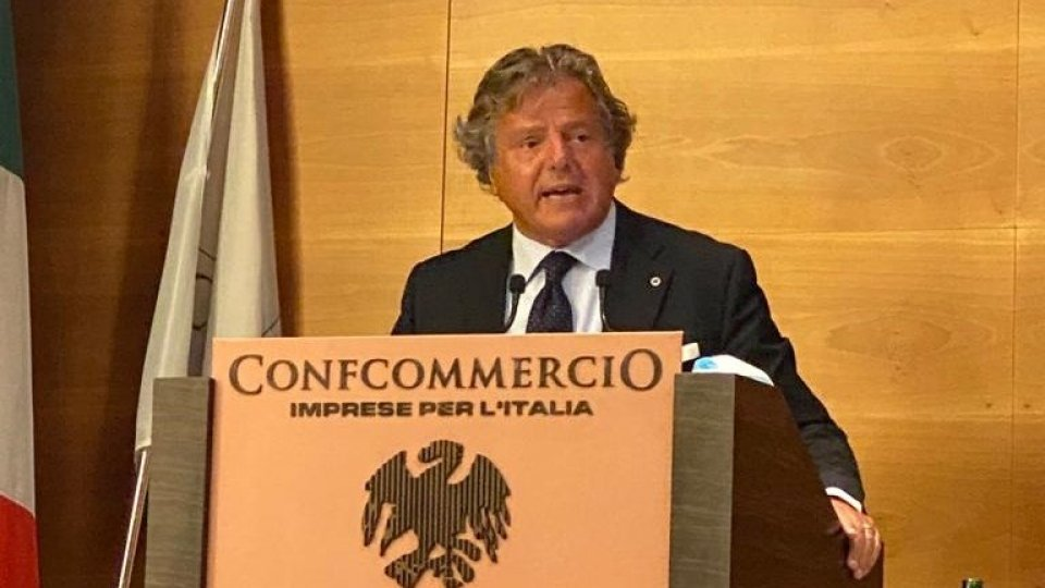Il presidente di Confcommercio della provincia di Rimini, Gianni Indino, confermato membro del  Consiglio nazionale di Confcommercio – Imprese per l'Italia