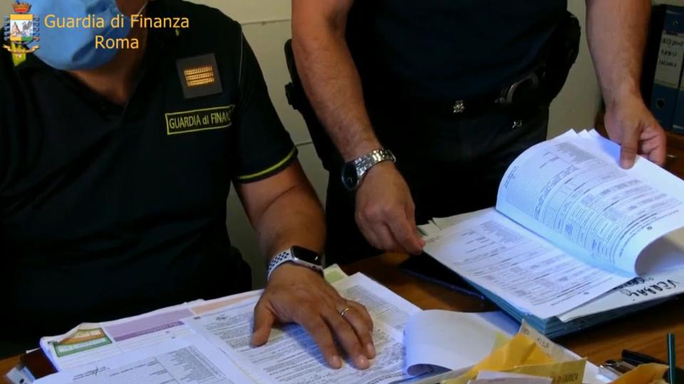 Gdf confisca quasi 11 milioni di beni a imprenditore romano