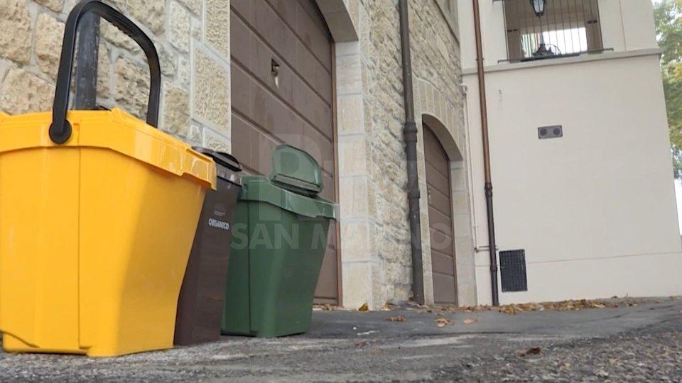 Gestione rifiuti: Porta a porta o cassonetti stradali? Presto la scelta