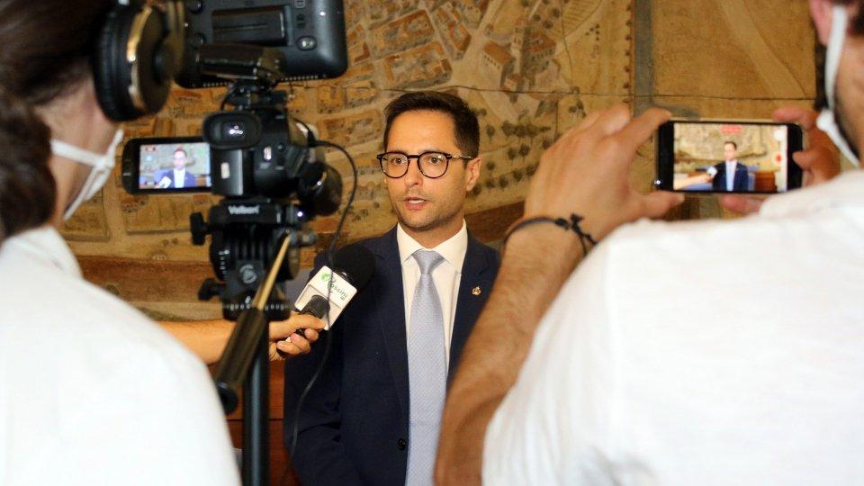 Il Segretario all'Industria Fabio Righi incontra il sindaco di Pesaro