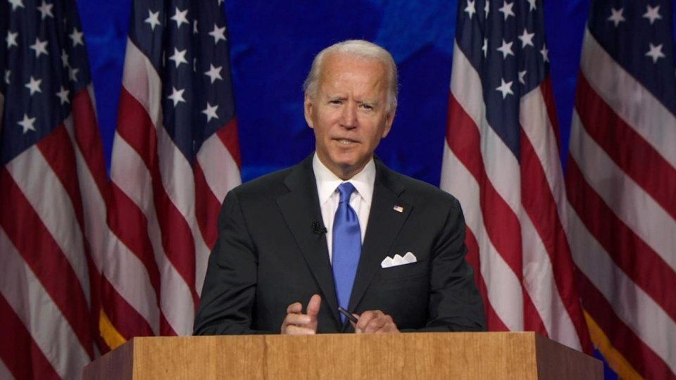 """Joe Biden accetta la nomination alla presidenza: """"Rappresenterò tutti gli americani"""""""