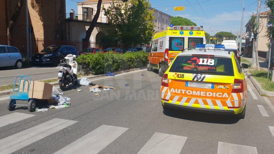 Incidente a Rimini: scooter con targa sammarinese investe un pedone
