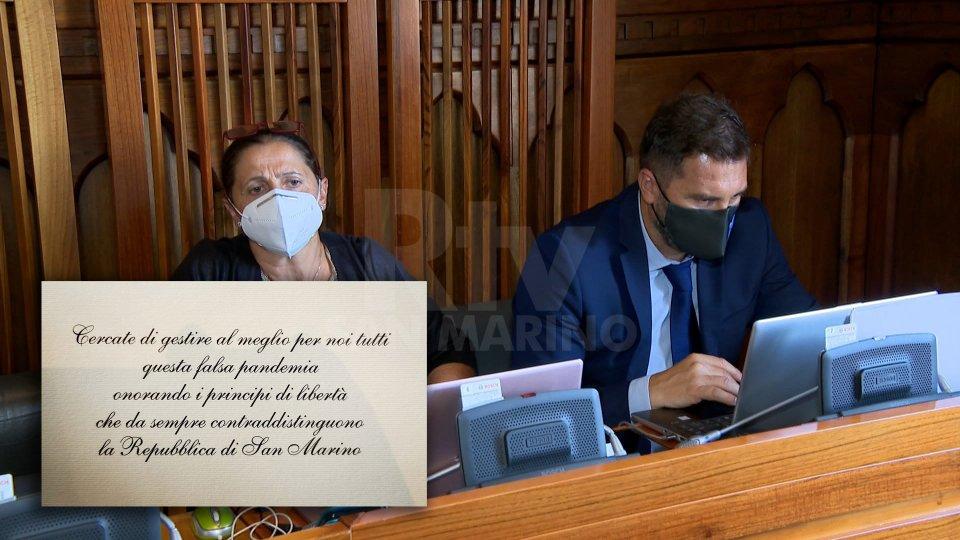 """Consiglio, unanimità per due istanze. """"Falsa pandemia"""" su bigliettino consegnato ai Consiglieri"""