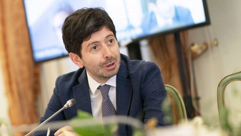 """Covid-19, Speranza: """"Italia promuove conferenza su sicurezza scuole con Oms"""""""