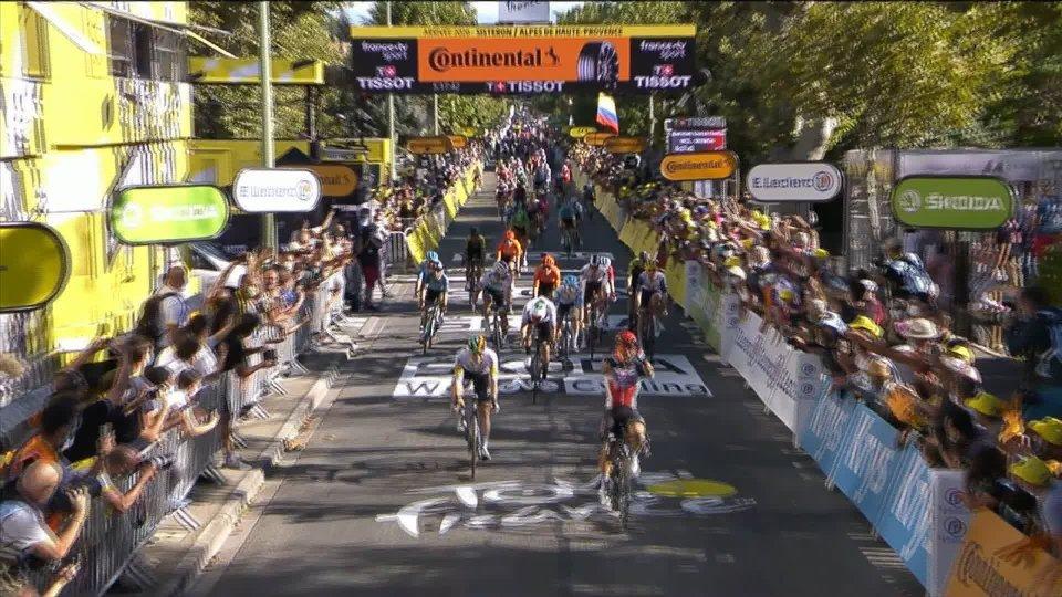 Tour de France: terza tappa ad Ewan, Alaphilippe rimane in giallo