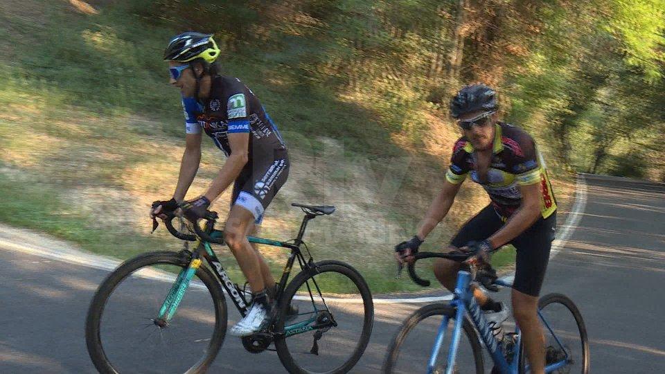 Saltarelli e Mariotti, Everesting da record