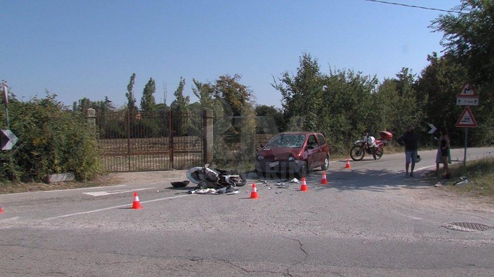 Incidente a Cerasolo: auto contro moto