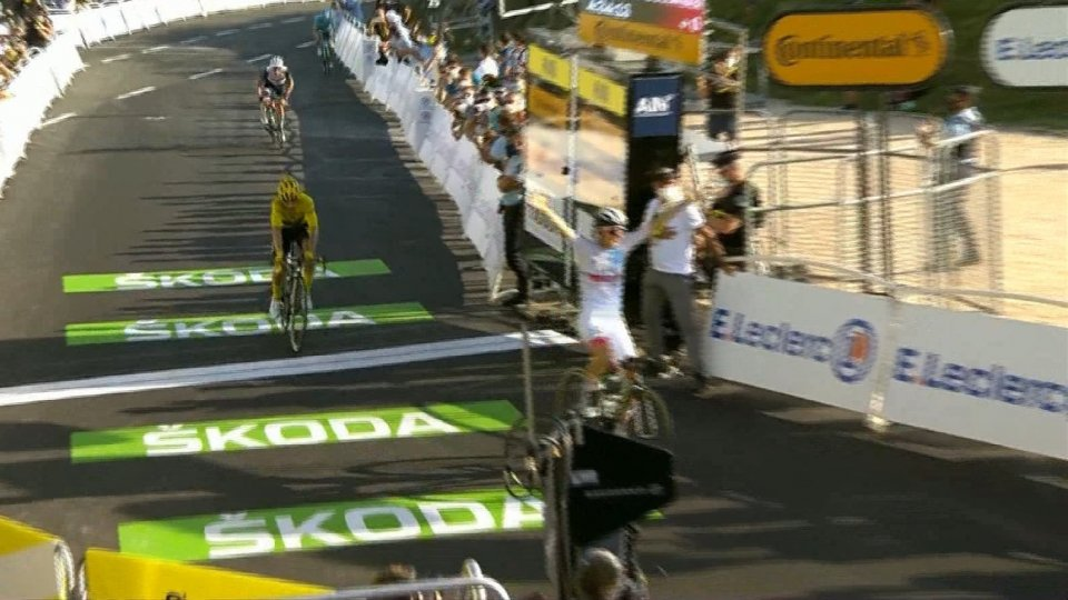 Il Giro Rosa parla sempre più olandese. Marianne Vos vince a Terracina. Van Vleuten difende la maglia rosa