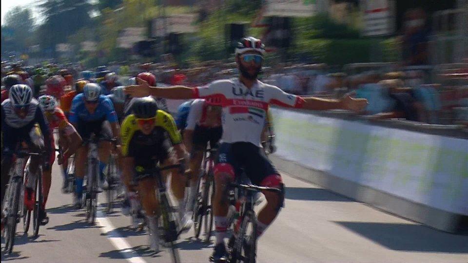 Giro di Toscana, Gaviria si impone di prepotenza