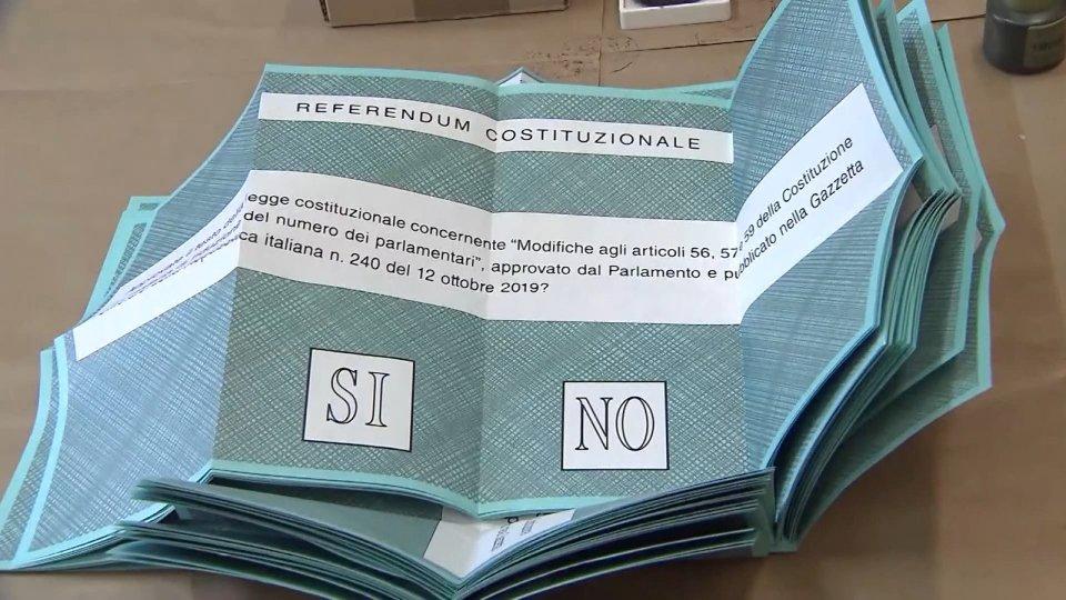 Referendum: vince il 'Si', finisce 3-3 la partita delle regionali