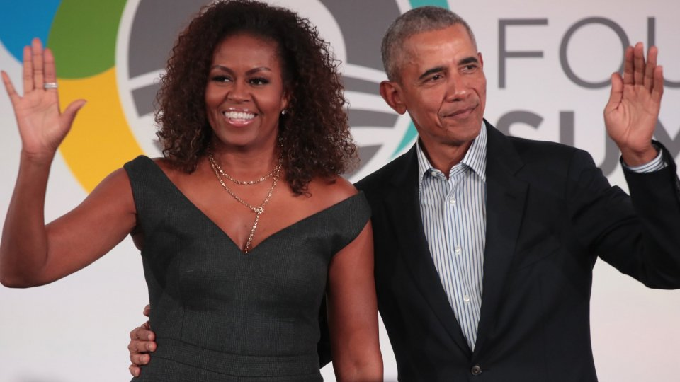 Barack Obama posta su Instagram e Twitter il suo numero di telefono
