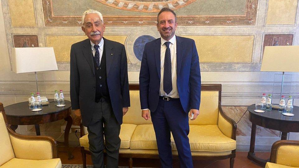 Il Segretario Luca Beccari con l'Ambasciatore del Sovrano Ordine Militare di Malta presso la Repubblica di San Marino, Marcello Celestini