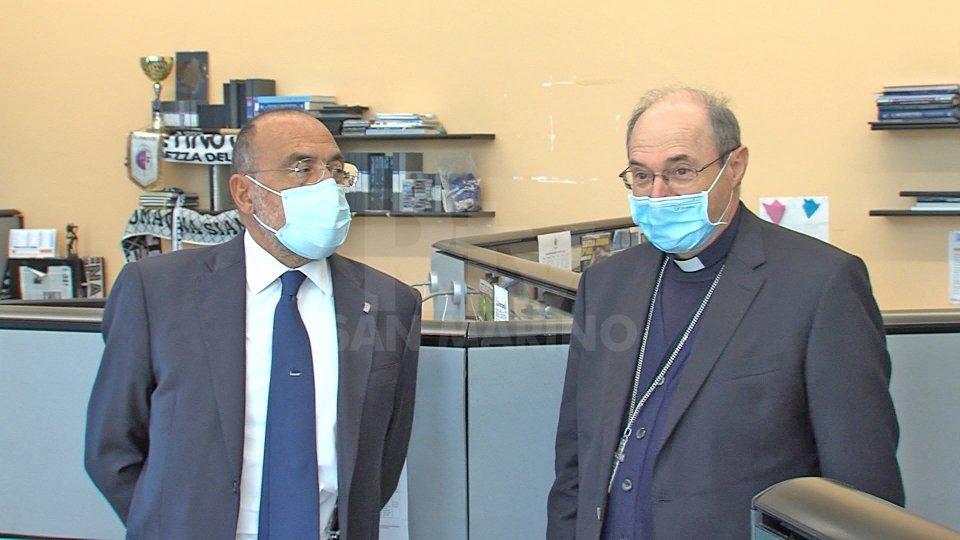 """Mons. Turazzi in visita a Rtv: """"Sono venuto per ringraziarvi"""""""