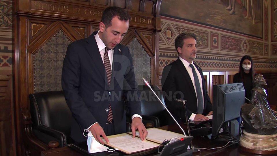Il Saluto degli Ecc.mi Capitani Reggenti Alessandro Cardelli e Mirko Dolcini in occasione della prima seduta del Consiglio Grande e Generale