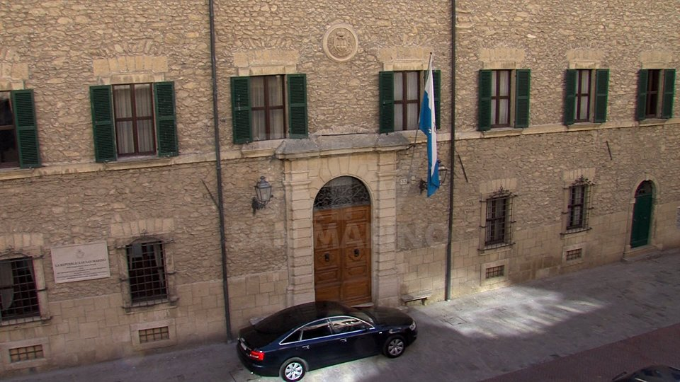 Segreteria Affari Esteri: elenco aggiornato dei paesi per cui è necessario segnalare l'ingresso a San Marino e sottoporsi ad accertamenti sanitari dell'Unione europea e/o dello Spazio Schengen